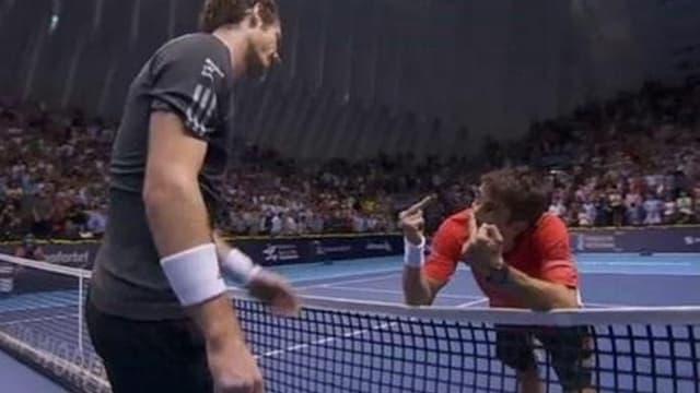 L'étonnante réaction de Robredo faite avec humour et prise comme telle par Andy Murray
