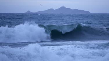 Des vagues près des îles sanguinaires, près d'Ajaccio, le 11 décembre 2017. (Photo d'illustration)
