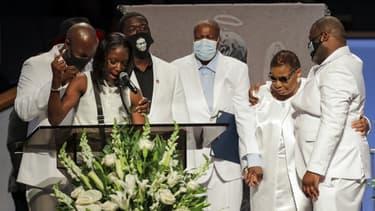 La famille de George Floyd pendant la cérémonie d'hommage du 9 juin dernier à Houston.