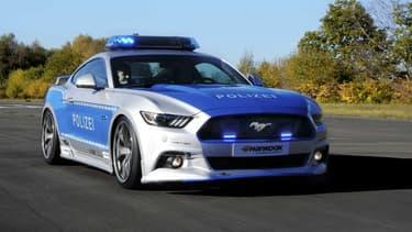 La police allemande dispose déjà d'une Audi R87, d'une C7 Corvette et d'une BMW Série 4 configurées par des préparateurs. La Mustang a elle été revue par Wolf Racing.