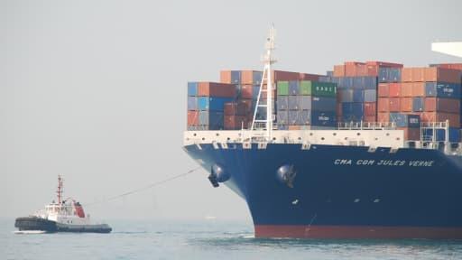 Le Jules Verne, nouveau géant des mers armaté par la compagnie maritime CMA CGM, sera inaugué à Marseille par François Hollande.