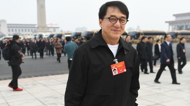 Jackie Chan en mars dernier à Beijing. Il se rend à la conférence consultative politique du peuple chinois.