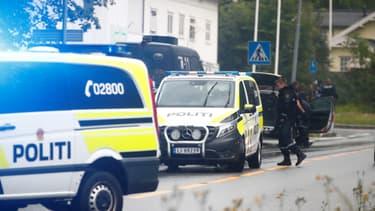 Policiers déployés sur les lieux de l'attaque.