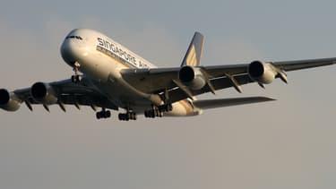 Singapore Airlines, première compagnie à avoir fait voler l'A380, ne compte pas renouveler l'année prochaine le contrat de leasing de son premier exemplaire, entré en service le 25 octobre 2007.