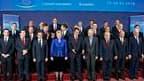 Les dirigeants de l'Union européenne lors d'un sommet à Bruxelles. A l'initiative de la France et de l'Allemagne, les pays de la zone euro se sont mis d'accord sur un mécanisme européen d'aide à la Grèce reposant sur des prêts bilatéraux émis par les pays