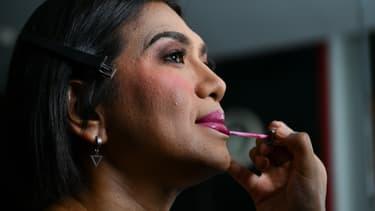 Tanwarin Sukkhapisit, députée transgenre, va faire son entrée au parlement thaïlandais.