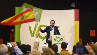 Santiago Abascal, l'homme à la tête de Vox, une formation politique qui fait son entrée aujourd'hui au Parlement d'Andalousie