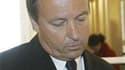 """Le président du groupe socialiste au Sénat, Jean-Pierre Bel, a réclamé à son tour vendredi l'annulation de """"la prime exceptionnelle"""" attribuée aux sénateurs en juin. La questure du Sénat a décidé d'attribuer 3.531,61 euros aux sénateurs au nom d'un """"rattr"""