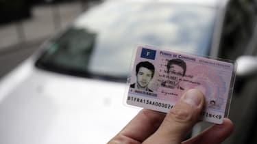 Les anciens directeurs de l'agence publique (ANTS) en charge de délivrer les permis de conduire sont condamnés à des peines d'amendes allant de 500 à 1500 euros