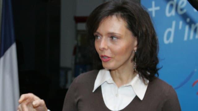 Isabelle Muller, en 2007 lorsqu'elle était l'attachée de presse de Philippe de Villiers.