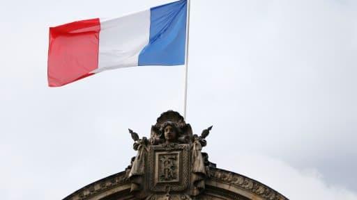 La France emprunte au plus bas taux de son histoire, à la faveur des tensions géopolitiques.
