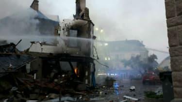 Une violente explosion a provoqué un important incendie dans la nuit de dimanche à lundi à Quiberon