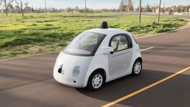 Etre payé pour s'asseoir et observer dans une Google Car, c'est l'offre d'emploi proposée par Google dans l'Arizona.
