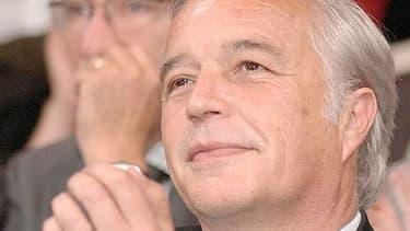 """François Rebsamen a lancé samedi """"un appel"""" aux socialistes """"à se rassembler autour de François Hollande"""""""