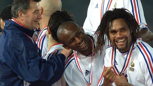 Patrick Vieira et Christian Karembeu au soir de la victoire à l'Euro 2000.