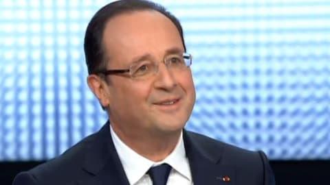 Hollande maintient le cap, annonce des mesures de rigueur