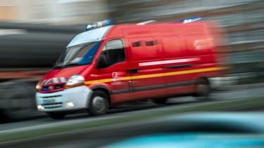 Les pompiers d'Anglet, dans les Pyrénées-Atlantiques, ont été alertés par les amis Facebook d'une femme de 44 ans qui a tenté de se suicider.