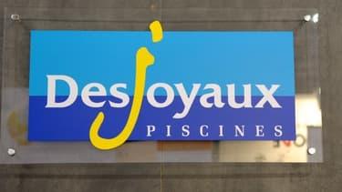 Plus de 300 bassins de piscines sont partis en fumée  chez le fabricant Piscines Desjoyaux.
