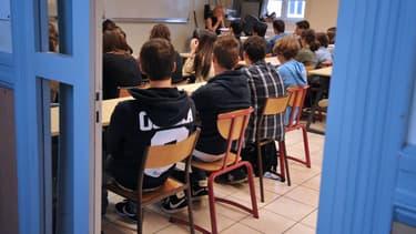 Des élèves dans la salle de classe d'un lycée de Nantes, le 4 septembre 2012 (photo d'illustration).