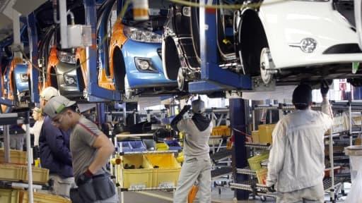 L'usine PSA de Poissy (ici en 2012), ne fabriquera pas le nouveau modèle de C3, selon Reuters.