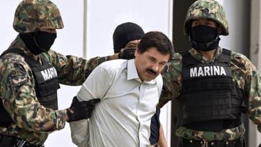 El Chapo, arrêté par les policiers samedi au Mexique.