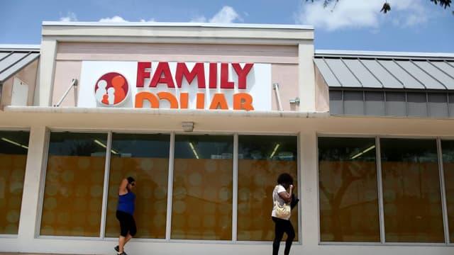 Family Dollar est au cœur d'une lutte entre Dollar Tree et Dollar General