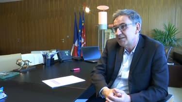 David Kimelfeld, le président de la Métropole de Lyon, au micro de BFM Lyon.