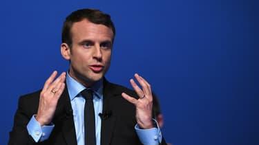Emmanuel Macron le 12 avril 2017 à Pau.