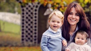 Le duc et la duchesse de Cambridge et leurs deux enfants, le 18 décembre 2015