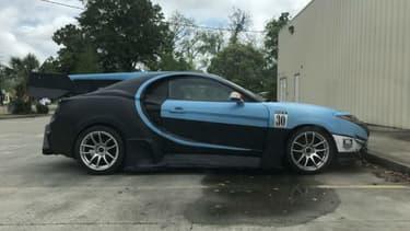 """Sous cette """"allure"""" de Bugatti Chiron, un simple petit coupé Hyundai."""