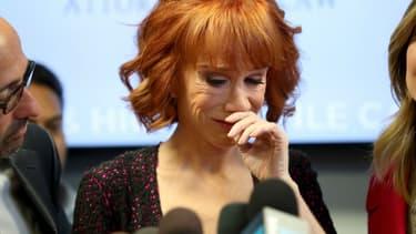 La comédienne Kathy Griffin lors de sa conférence à Woodland Hills, le 2 juin 2017