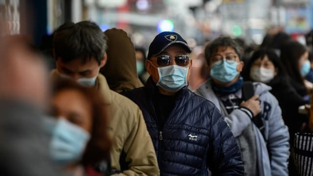 Ressortissants chinois portant des masques