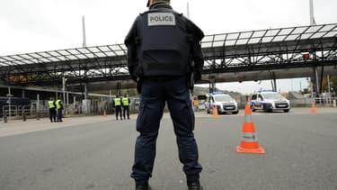 Les contrôles aux frontières ont été rétablis provisoirement au sein de l'espace Schengen.