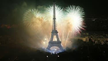 Un feu d'artifice a été tiré près de la Tour Eiffel dimanche pour le tournage d'une série (illustration).