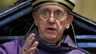 Le pape François avant son élection, le 13 février 2013 à Buenos Aires.