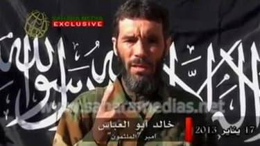 Le ministre de la Défense Jean-Yves Le Drian a déclaré que la France ne possèdait pas la preuve de la mort des chefs islamistes Abdelhamid Abou Zeïd ou Mokhtar Belmokhtar (capture d'écran) dans les combats au Nord-Mali. Mokhtar Belmokhtar, dont la mort a