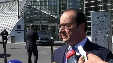 """Grèce: Hollande juge les propositions d'Athènes """"sérieuses"""" et """"crédibles"""""""