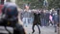 Si la manifestation des opposants au mariage homosexuel à Paris s'est déroulée sans débordements notables, des échauffourées ont éclaté après la dispersion des cortèges.