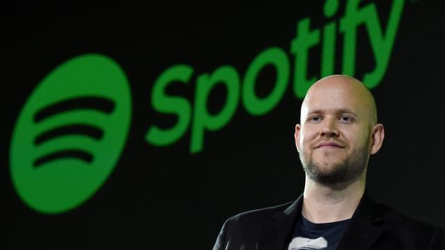 Le partenariat conclu entre Warner et Spotify intervient après la signature de nouveaux contrats avec Universal et Sony.