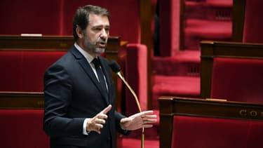 Christophe Castaner dans l'hémicycle de l'Assemblée nationale.