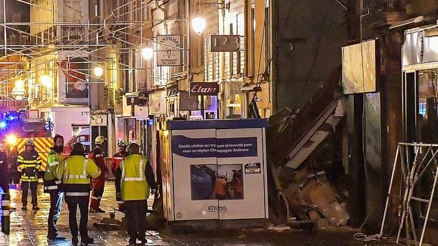 Un immeuble s'effondre dans le centre ville de Charleville-Mézières.