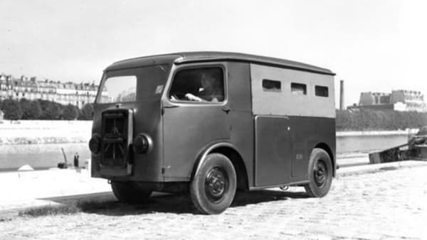 Le TUB lancé en 1939, ancêtre du Type H.