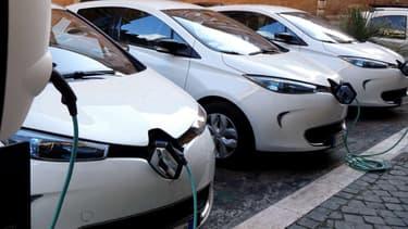 Le réseau privé (domicile et entreprises) reste plus de 6 fois supérieur au réseau public de bornes de recharge