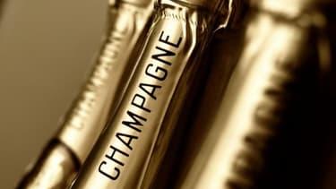 À partir du 15 juillet prochain, 3000 bouteilles de champagne seront offertes à autant de touristes (1 par adulte)