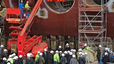 Les chantiers navals de Saint-Nazaire tournent au ralenti, et les mesures de chômage partiel se multiplient.
