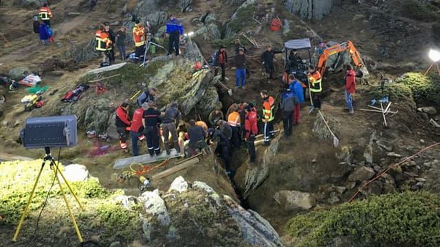 L'opération de sauvetage d'une fillette âgée de 2 ans dans les Alpes suisses