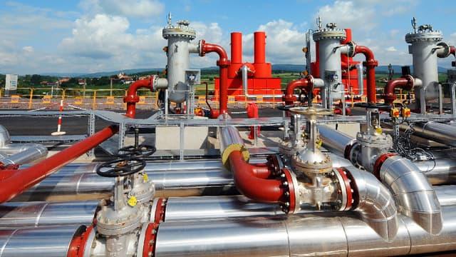 Engie (ex-GDF Suez) s'apprête à construire sa première centrale de géothermie en Indonésie.