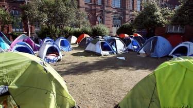 L'évacuation d'un camp de migrants, dans un parc de Lille, s'est terminée ce mercredi matin. (Photo d'illustration)