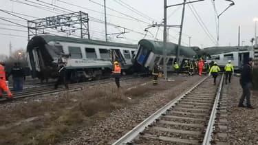 Un train a déraillé jeudi matin à l'est de Milan, en Italie.