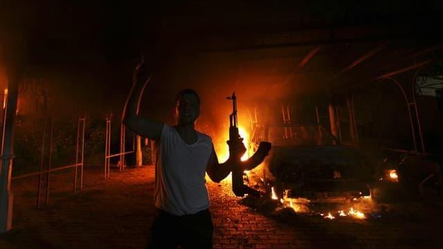 Les autorités libyennes ont identifié 50 personnes impliquées dans l'attaque mardi soir du consulat américain à Benghazi qui a coûté la vie à l'ambassadeur des Etats-Unis en Libye et à trois autres Américains, selon un responsable de la sécurité. /Photo p